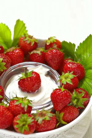 dips: Fresh strawberries with vanilla cream cheese dip