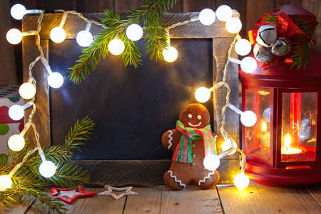gingerbread man: Christmas decoration with chalkboard and gingerbread man