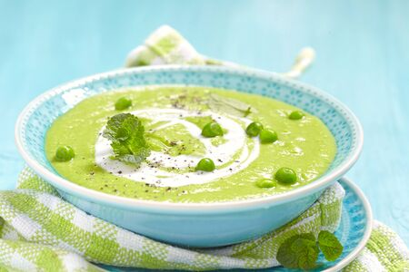 pea: Pea soup with mint and fried bread chips