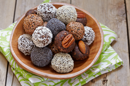Homemade Healthy Paleo Raw Energy Balls with Nuts and Dates