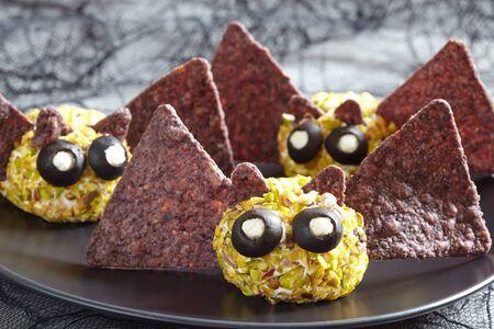 gente loca: bola de queso palo lindo para la fiesta de Halloween