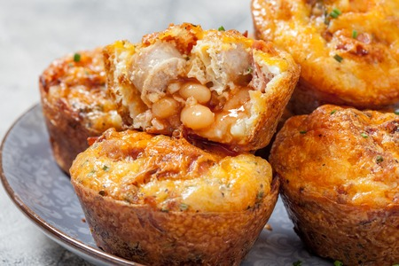 bacon baked beans: Delicious breakfast egg muffins with sausage, bacon, baked beans and hash brown