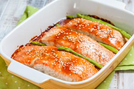 Roasted teriyaki salmon with asparagus