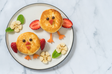 Birds ricotta pancakes for kids breakfast