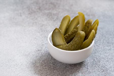 Pickles. Bowl of pickled cucumbers Zdjęcie Seryjne