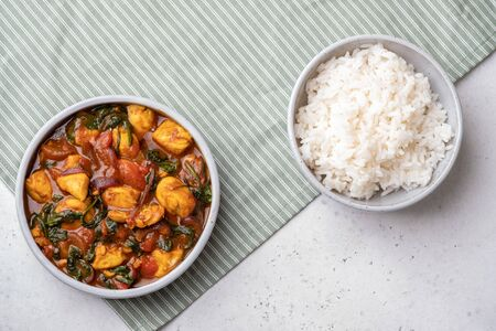 Bombay chicken curry with spinach