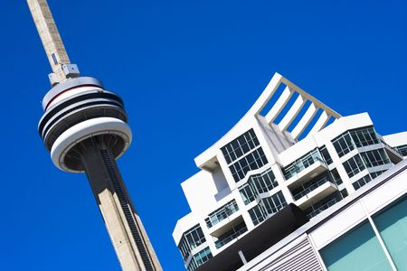 building cn tower: CN Tower in downtown of Toronto, Canada
