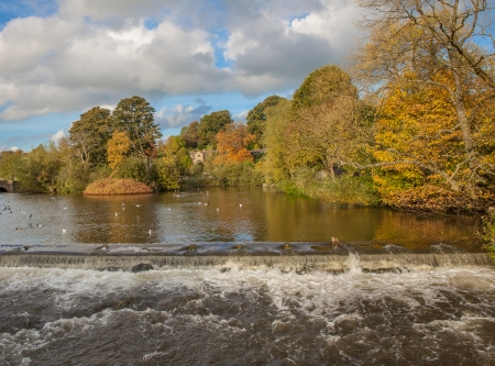 derbyshire: River in bakewell derbyshire Stock Photo