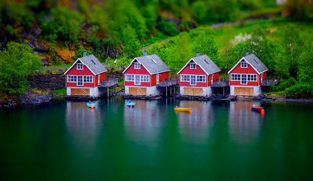 tilt: tilt shift effect on some boat houses