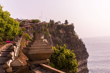 Sunset at Uluwatu Temple in Bali, Indonesia 免版税图像