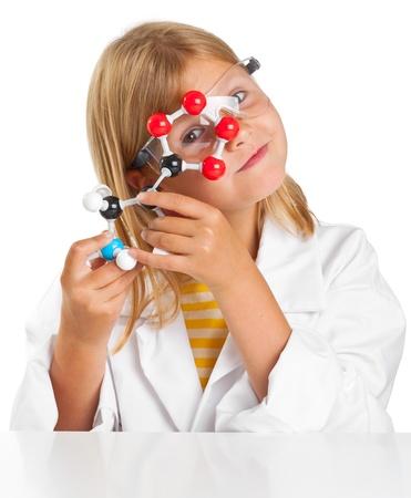 experimento: Linda chica joven haciendo experiements ciencia Foto de archivo