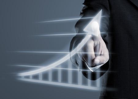 Dibujo del hombre de negocios de éxito gráfico de la pantalla de ordenador futurista virtuales Foto de archivo