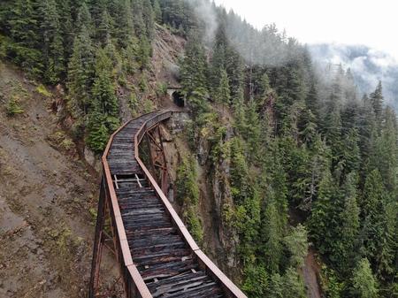 train bridge into tunnel Banco de Imagens