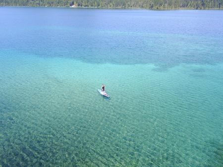 Lake paddle boarding Imagens - 119270675