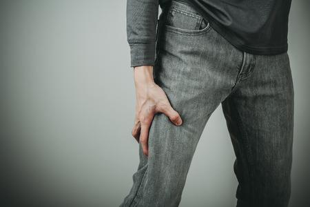 man thigh pain from cramp