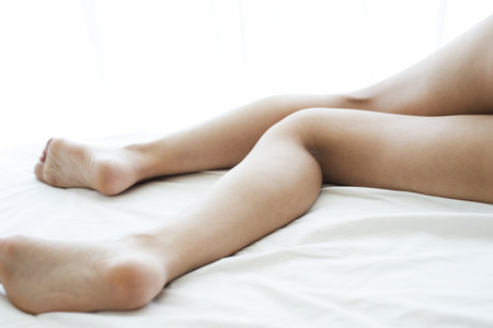 irrespeto: Mujer quitar la ropa interior