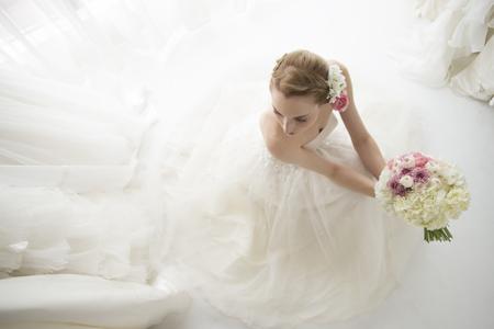 Mariée en attente dans la salle d'attente