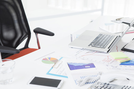 workstations: Bright office in which the white tones Stock Photo