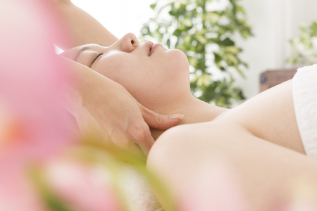 touch down: Neck massage for women