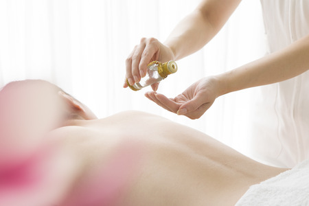 hold ups: Woman that is the oil massage
