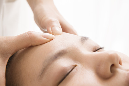 cosmetic treatment: Expression of relaxed Woman in Heddosupa