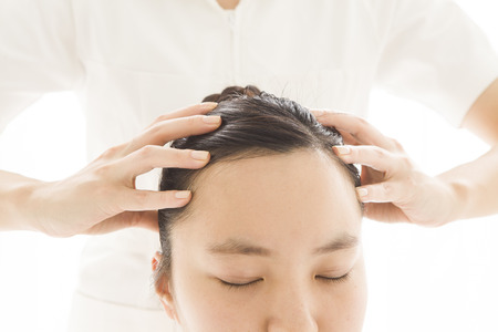 esthetician: Esthetician for a head massage