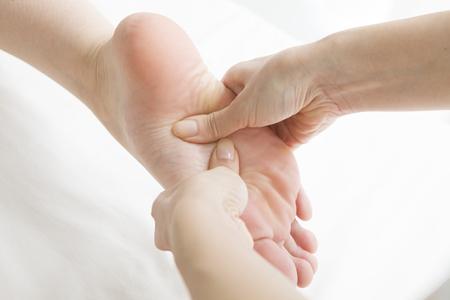 polite: Polite foot massage