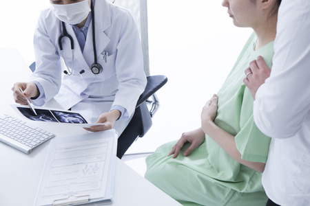clinical staff: Husband to support his wife
