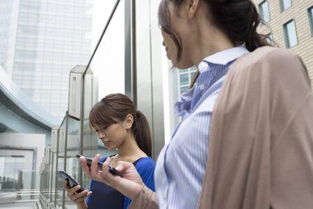 都市で働く女性