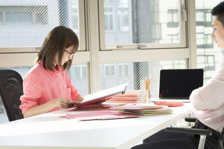 bisiness: A designers weekday afternoon meeting.