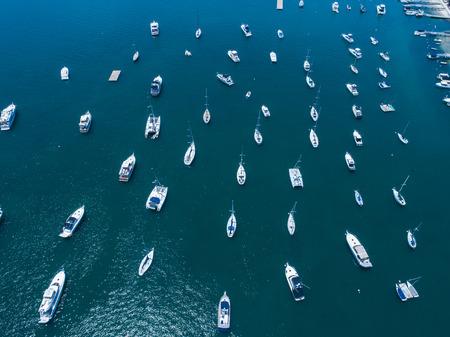 Aerial shooting of the sea and many ships. Zdjęcie Seryjne