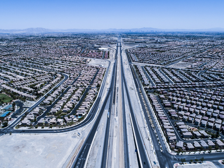 Aerial photograph of San Franciscos vast residential area. Highway and urban landscape. Zdjęcie Seryjne
