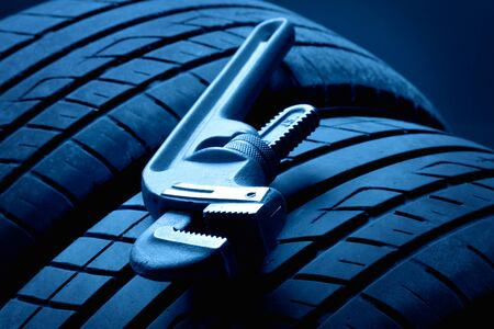 mechanic car: Wheel and Tools