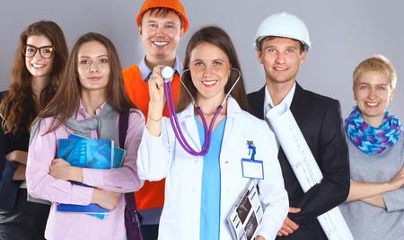 diferentes profesiones: Un grupo de personas de diferentes profesiones