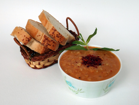 edibles: Mercimek corbasi, red lentil soup, Turkish cuisine
