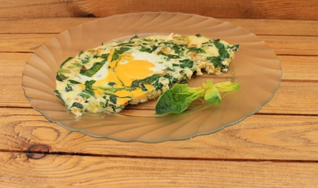 lubricate: Omelet with spinach cooked in olive oil