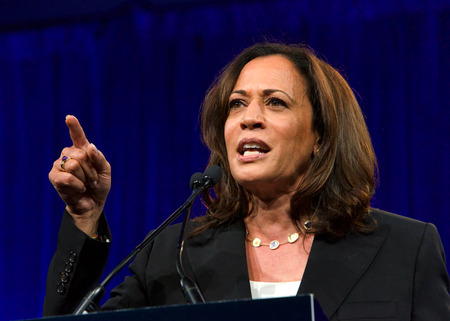 San Francisco, CA - August 23, 2019: Presidential candidate Kamala Harris speaking at the Democratic National Convention summer session in San Francisco, California. 報道画像