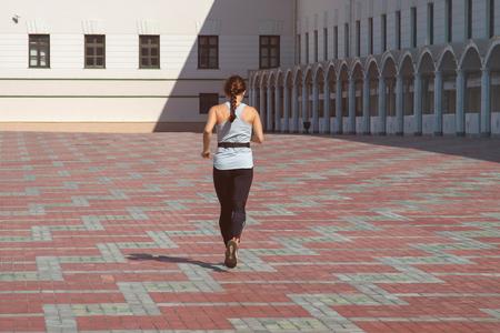 healthy lifestyle sports woman running 版權商用圖片