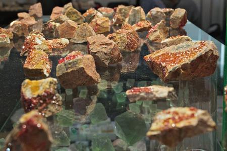 Mineral Specimen Wulfenite Crystals Orange Red Stone Reklamní fotografie