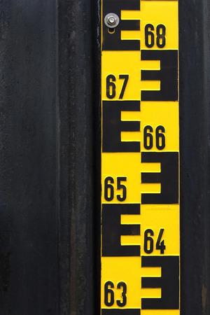 overrun: Water level indicator