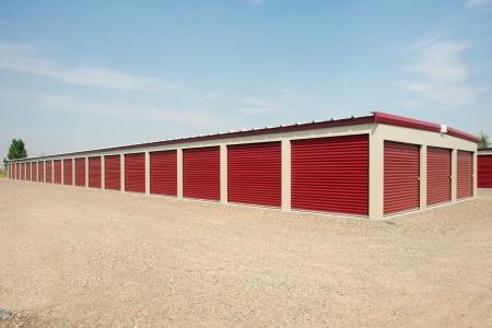 Storage units bij een opslagfaciliteit.