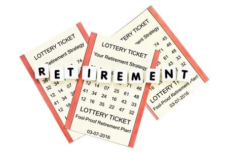 흰색 배경에 문자로 복권 티켓 은퇴 계획.