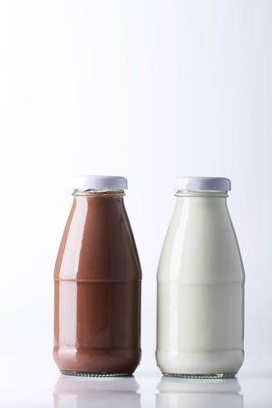 rétro bouteilles sucrées de lait et de chocolat au lait