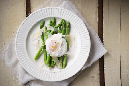 poach: Asparagus salad with Poached Egg and parmesan cheese