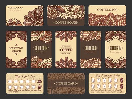 Design de cartão de café situado num estilo indiano. Cartões verticais e horizontais com programa de fidelidade. Foto de archivo - 80906914