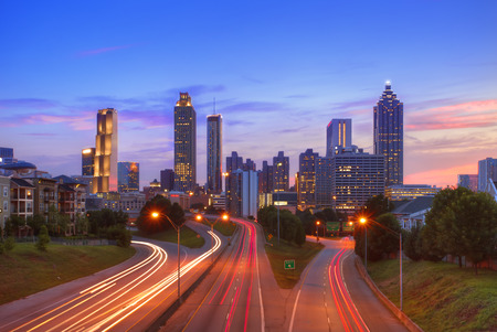 atlanta: The best Atlanta Downtown overlook at dusk with traffic flow and blue sky red cloud