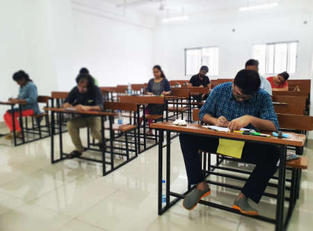 15 June, 2020, Kolkat,India- Students giving exam maintaining social distancing post covid 19 lockdown at Calcutta University, Kolkata, India. Редакционное