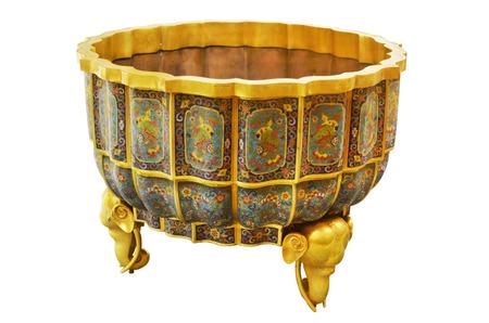 enamel: Qing Dynasty porcelain enamel three-legged
