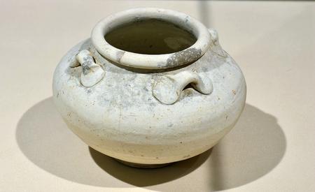 dynasty: Han Dynasty pottery