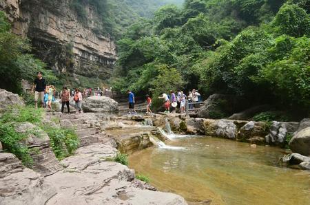 redstone: Yuntai Mountain stream scenery